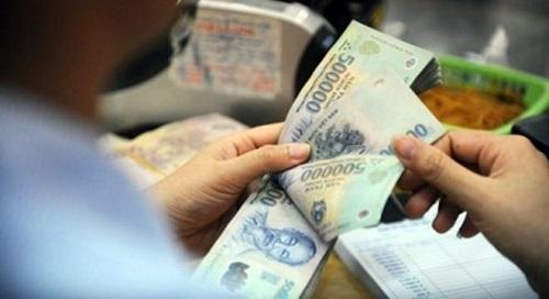 Tăng 5% lương cơ bản cho cán bộ công nhân viên