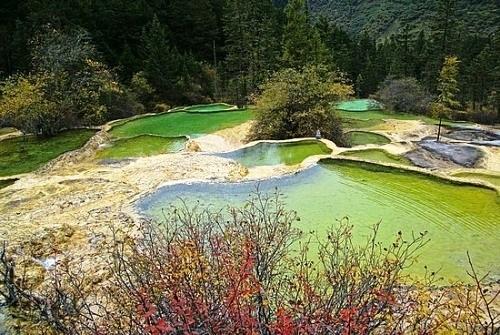 Hồ ngũ sắc Hoàng Long-Trung Quốc
