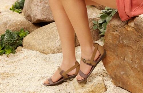 Giày đế mềm