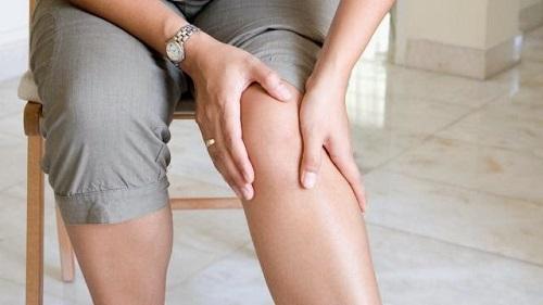 Điều trị viêm cơ gân khớp bằng đèn hồng ngoại