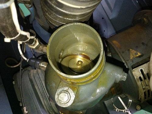 Khắc phục máy nén khí bị keo dầu