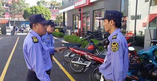 Nhiệm vụ bảo vệ cửa hàng của lực lượng bảo vệ