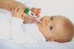 Sử dụng nhiệt kế điện tử đo nhiệt độ cho bé- sự lựa chọn thông minh cho mẹ
