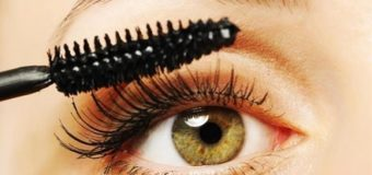 Cách chữa mascara bị khô
