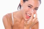 Mách bạn cách trị mụn cám ở mũi và cằm đạt kết quả nhanh nhất
