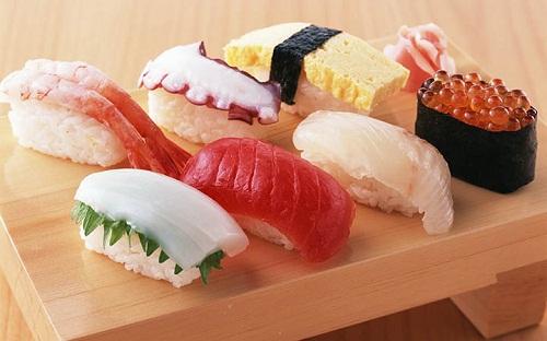 Shushi thơm ngon luôn được du khách lựa chọn khi đến Nhật