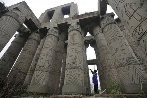 Ngôi đền Karnak nhái ở Trung Quốc