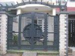 Cửa cổng sắt và những lý do được sử dụng phổ biến ngày nay