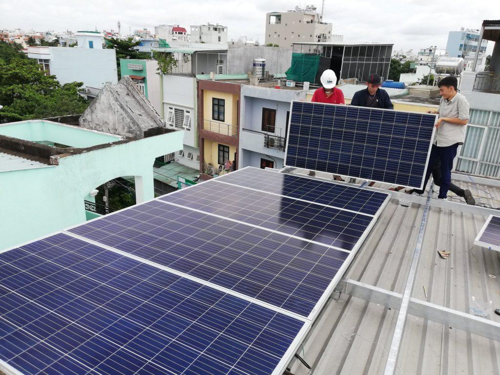 tiết kiệm tiền khi sử dụng điện năng lượng mặt trời
