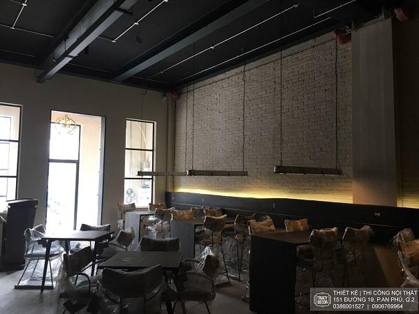 Nội thất nhà hàng Quince trong quá trình hoàn thiện