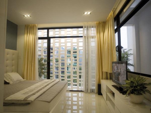 Gạch bông cho phòng ngủ thiết kế theo phong cách nhà ống có màu sáng để tạo cảm giác mở rộng về không gian