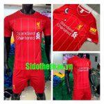 Top 4 mẫu quần áo câu lạc bộ bóng đá Liverpool đang Hot đình đám