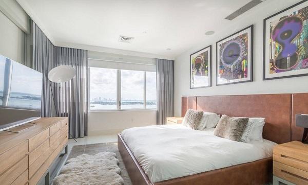 giường ngủ gỗ màu trắng