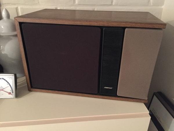 Loa Bose 301 seri 2 được ưa chuộng ngay từ khi mới tung ra thị trường