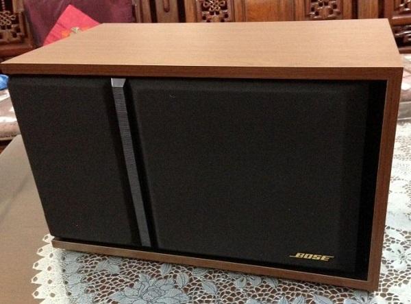 Loa Bose 301 seri 3 có công suất 150W