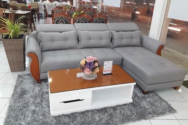 Khi mua sofa thanh lý nên chọn mua những loại sofa bằng da