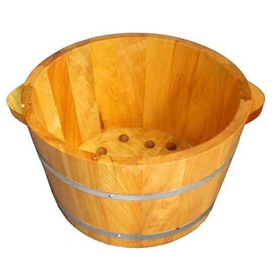 Chậu ngâm chân gỗ vận được ưu tiên sử dụng hơn các loại chất liệu khác