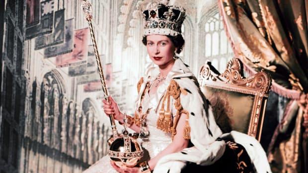 Lễ đăng quang Queen Elizabeth