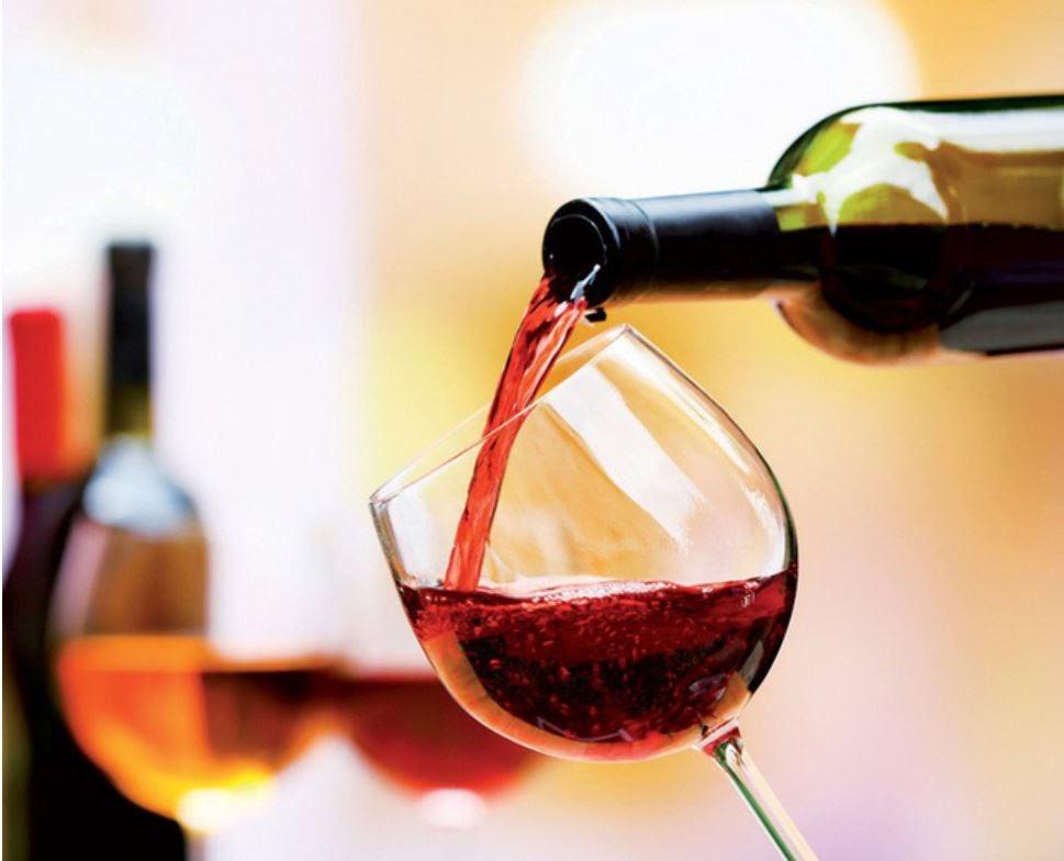Mua rượu vang nhập khẩu cao cấp ở đâu đảm bảo?
