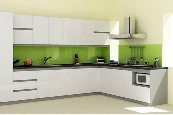 Mẫu kính ốp bếp màu xanh lá non