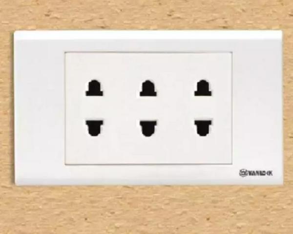 Sự cố và cách khắc phục ổ cắm điện âm tường