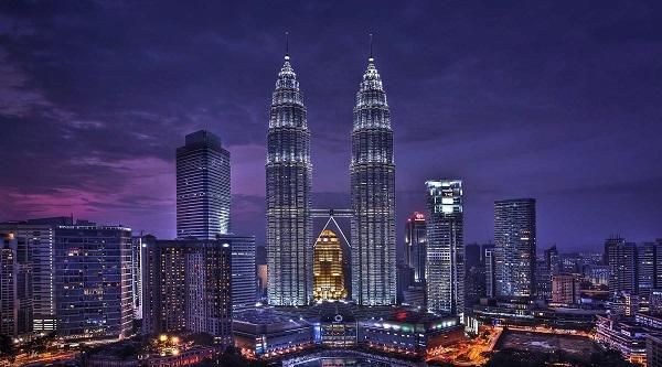 Tham quan các kiến trúc nổi tiếng tại tour Singapore Malaysia giá rẻ
