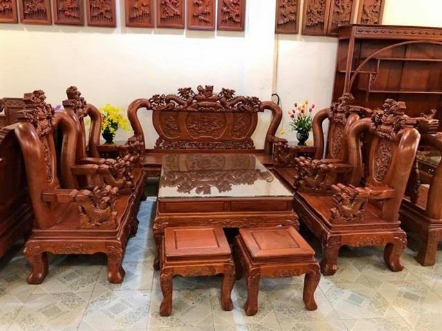 Cách chọn bàn ghế gỗ hương cho phòng khách sang trọng