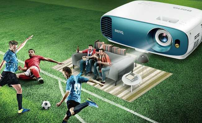 Máy chiếu xem bóng đá nào tốt nhất trên thị trường hiện nay