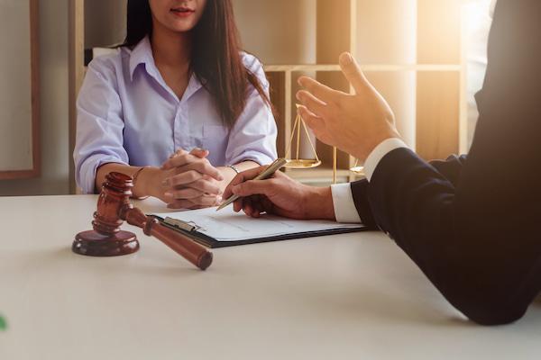 Dịch vụ luật sư hôn nhân gia đình tại tphcm uy tín giá rẻ