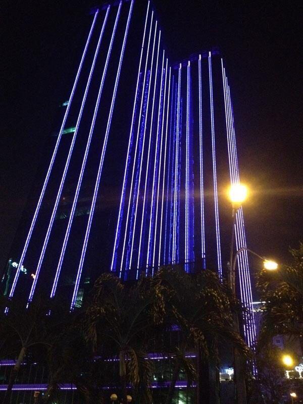 Đèn LED thanh trang trí tòa nhà mẫu 2