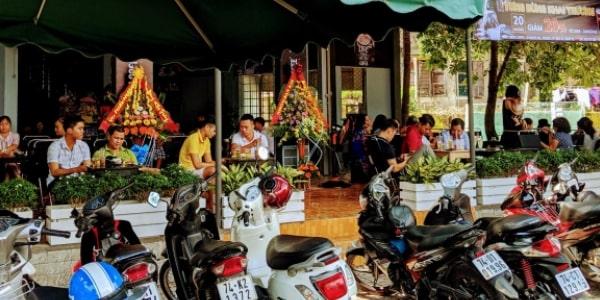 Dịch vụ bảo vệ giữ xe quán cafe