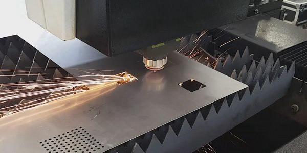 Tần số xung laser