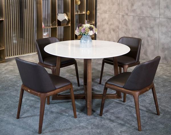 Diễm lệ về đường nét, chạm khắc tinh xảo của bộ bàn ăn 4 ghế hcm