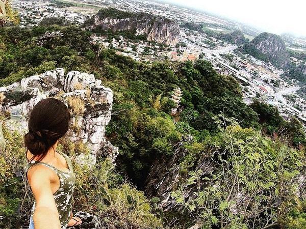 Núi Ngũ Hành Sơn hùng vĩ