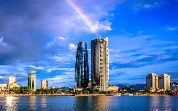 Tòa nhà búp sen - Ngọn hải đăng giữa lòng thành phố