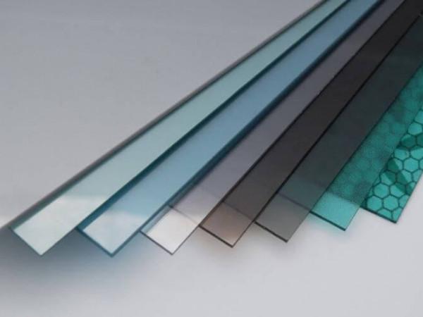 Những ưu điểm của tôn nhựa lấy sáng không sóng polycarbonate